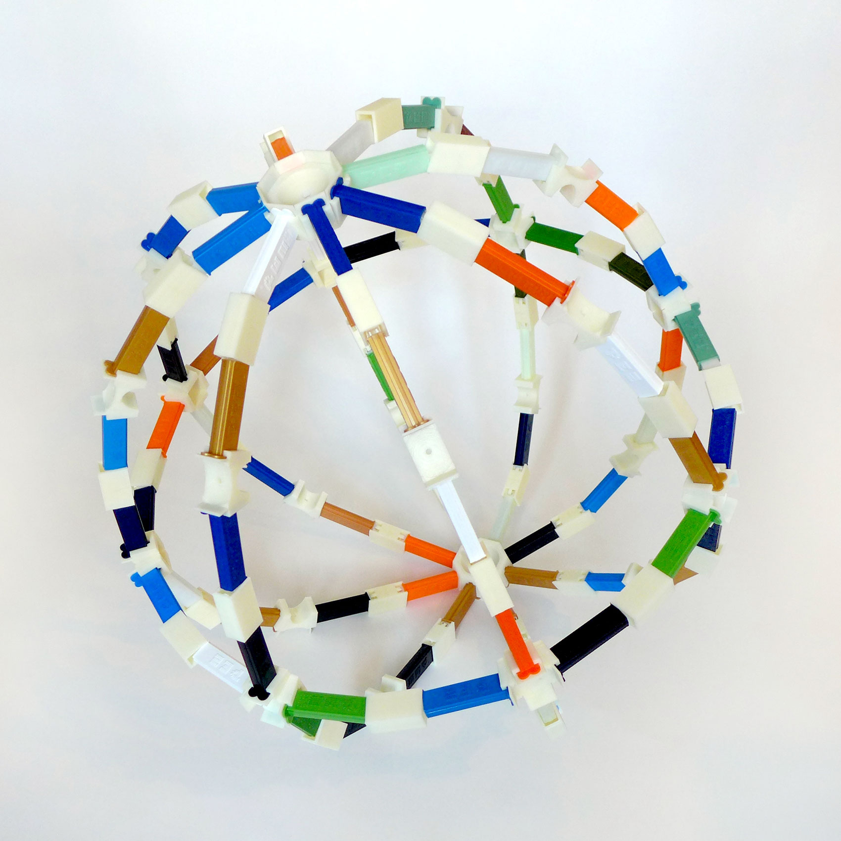 Tom Burtonwood Pez Globe